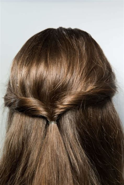 Wedding Hairstyles For Thin Hair by Chic Wedding Styles For Thin Hair