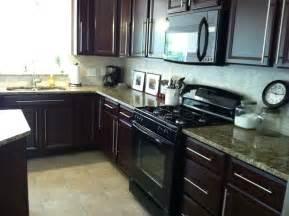ryan home kitchen design de ryanizing my ryan homes kitchen added long cabinet