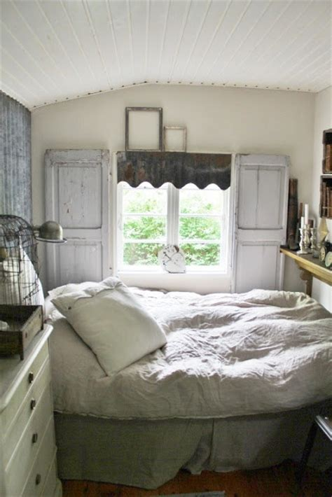 cottage bedrooms cozy cottage bedroom cottage bedrooms pinterest
