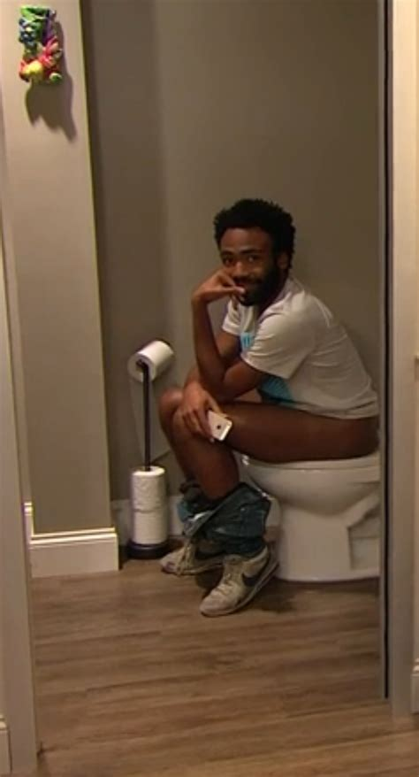 mom at the toilet the way i m dropping new shit i m sitting on the toilet