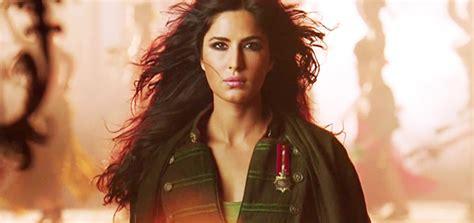 saeare hindi phantom saware song promo bollywood movie trailers