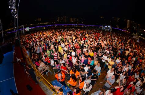 new year 2016 in singapore celebrations welcome 2017 with new year s celebrations in the