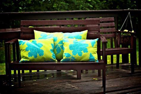 confezionare cuscini cuscini da giardino complementi arredo per esterni