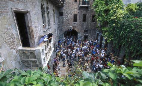 terrazzo romeo e giulietta contemporaneos balcone ispirazioni