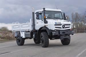 Unimog Mercedes Mercedes Tough As Nails Unimog Gets New Look Engines For