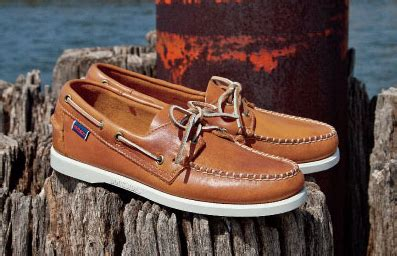 boat shoes loose do boat shoes loosen up much malefashionadvice