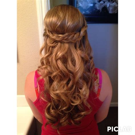hairstyles for eighth grade graduation 1000 images about 8th grade promotion hair on pinterest