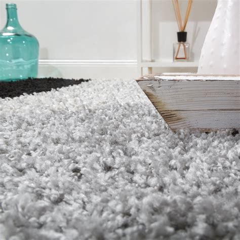 teppich grau gemustert shaggy geometrisch gemustert grau rot hochflor teppiche