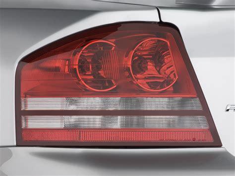 2008 dodge avenger tail light 2008 dodge avenger r t dodge midsize sedan review