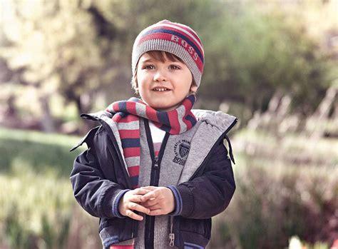 imagenes de niños jugando en invierno ropa para ni 241 os 161 la moda se viste de invierno