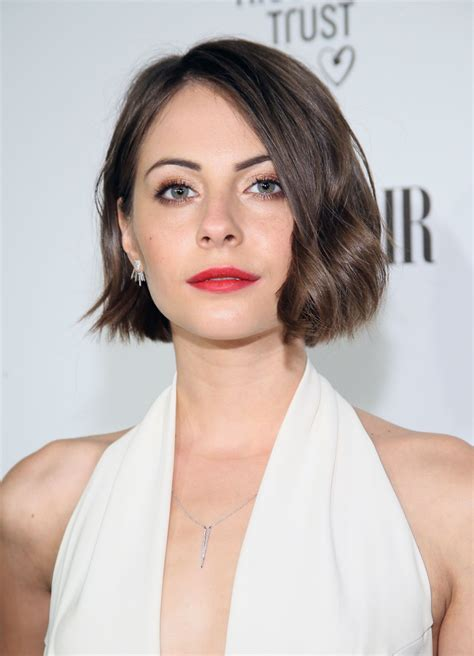 willa holland hair cut willa holland vanity fair and fiat celebration of young