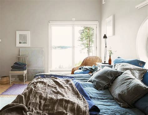 casual bedroom ideas scandinavian cottage home bunch interior design ideas