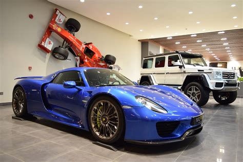 porsche 918 spyder blue glamorous blue porsche 918 spyder is our type of hypercar