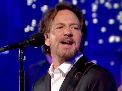 eddie vedder eddie vedder sings better to david letterman on