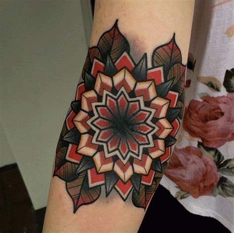 traditional mandala tattoo 1879 best school traditional images on