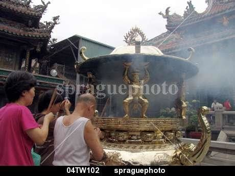 Lighting The Of Compassion sprague photo stock 04tw127 religion the lungshan