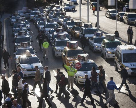 Uber Car Types Las Vegas by Las Vegas Cab Company Makes An Uber Threat Las Vegas
