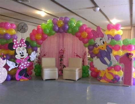Book Theme Baby Shower by Minnie Mouse Birthday Quot Minnie Mouse And Daisy Duck