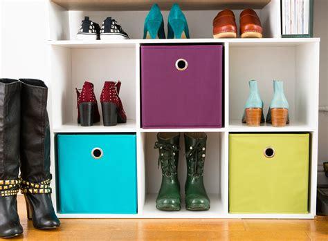 Must Haves In Your Closet by Must Haves For Your Own Diy Closet Alaround World