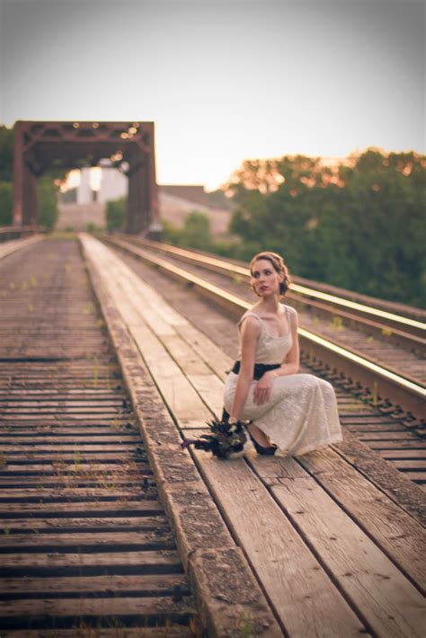 themes for photo session vintage rail road photo shoot ideas pinterest