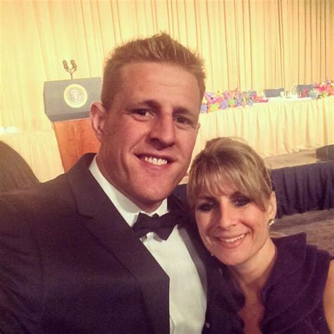 jj watt house jj watt on twitter quot white house correspondents dinner with mom http t co zefcysqvec quot
