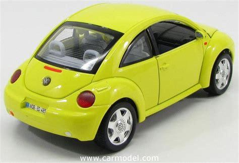 Burago Volkswagen New Beetle 1998 1 18 Scale Gold Collection New 17 best images about burago 1 18 on models porsche and volkswagen