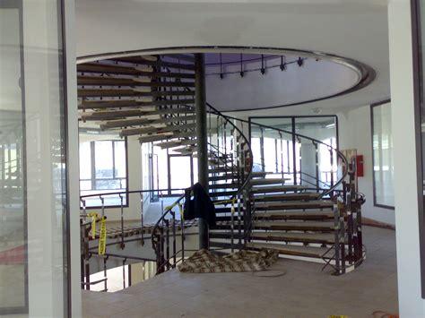 scale a chiocciola in ferro per interni scale a giorno scale a chiocciola per esterno o interno