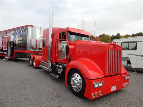 largest kenworth truck semitrckn kenworth custom w900l big trucks pinterest