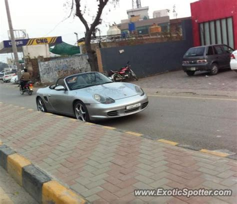 porsche pakistan porsche 911 spotted in islamabad pakistan on 03 19 2013