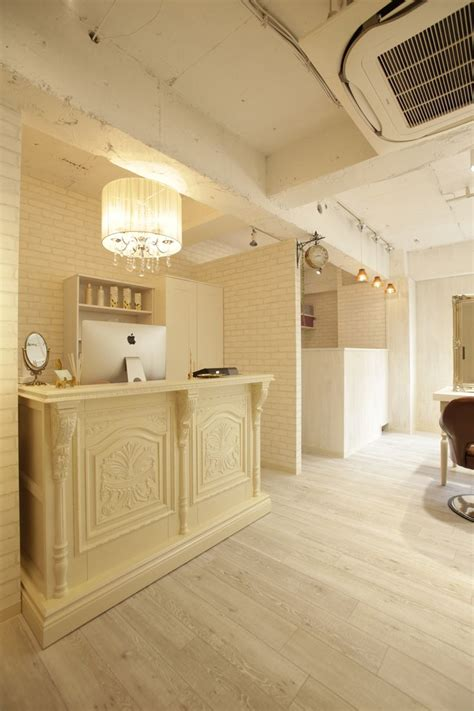 how to judge beauty in interior design things on beauty salon reception desk trend dining room