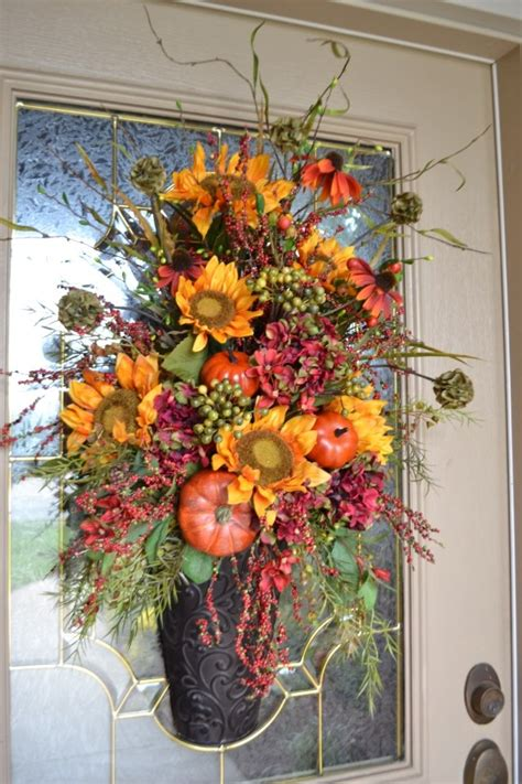Autumn Front Door Decorations 47 And Inviting Fall Front Door D 233 Cor Ideas Digsdigs