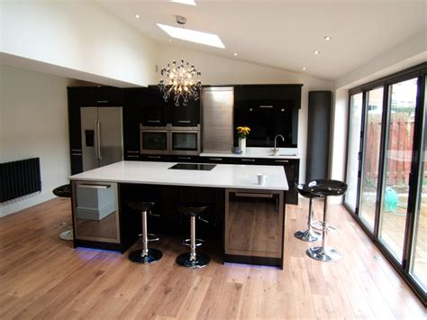 Contemporary Kitchen Islands Blanco Norte Quartz Island Worktops Silestone Modern Kitchen Islands Kitchen Trolleys