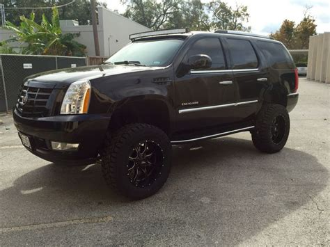 Cadillac Escalade Lifted by 2008 Lifted Cadillac Escalade 7 Quot Lift 54 Quot Cree Led Curved