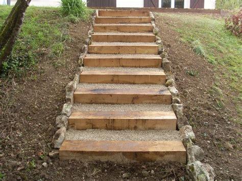 les 25 meilleures id 233 es de la cat 233 gorie escalier ext 233 rieur sur escaliers palette