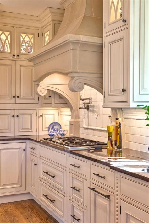 traditional kitchen by teri turan paint pick tapestry beige oc 32 by benjamin moore kitchen traditional range hood cover with corbels 4 types of