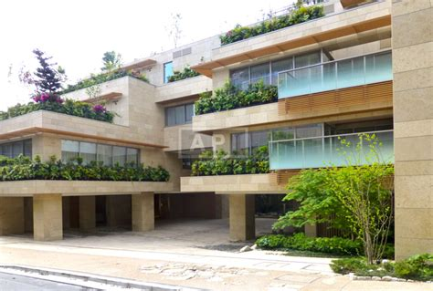 New Style Parking Garage Besar 180 2 Kado Mainan Anak Keren azabu gardens tokyo rental apartment apartments tokyo