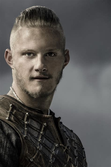 bjorn ironside hairstyle bj 246 rn ironside is the only one of ragnar s sons who doesn