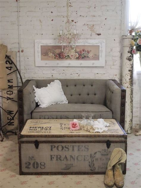 Shabby Chic Trunk Coffee Table Farmhouse Steamer Trunk Thrifting Therapy Pinterest Painted Cottage Cottage Chic And Coffee
