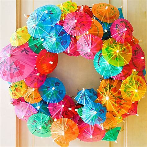 Aloha Decorations by Diy Summer Cocktail Umbrella Wreath How To Totally Tiki