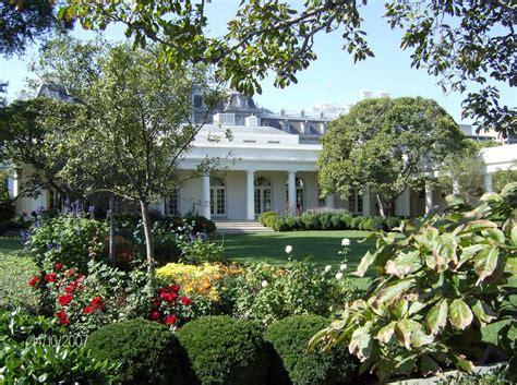 Panoramio Photo Of White House Rose Garden