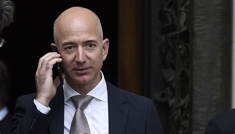 the amazing how jeff bezos built an e commerce empire books jeff bezos s treatment of the press erodes our