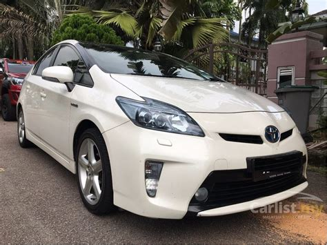 automotive service manuals 2012 toyota prius c seat position control toyota prius 2012 hybrid luxury 1 8 in johor automatic hatchback white for rm 72 000 3756739