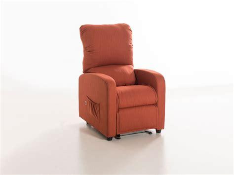 poltrone reclinabili per anziani poltrone reclinabili