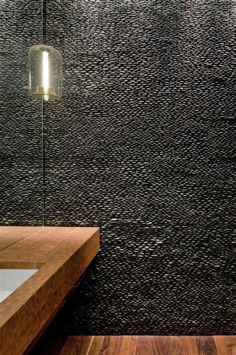 receveur de galets le carrelage galet pratique rev 234 tement pour la salle de bain