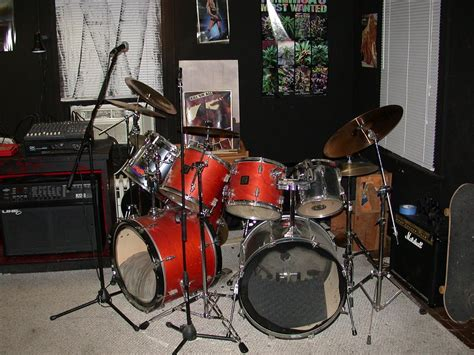 Kaos Yamaha Drums H musicians post your gear thread and