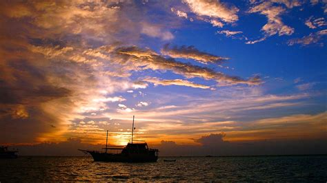 maldives holidays find cheap  packages  expedia