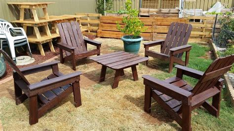 Pallet Dining Table With Chairs Set Wooden Pallet Patio Furniture