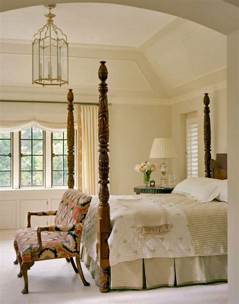traditional home bedrooms in the bedroom traditional home