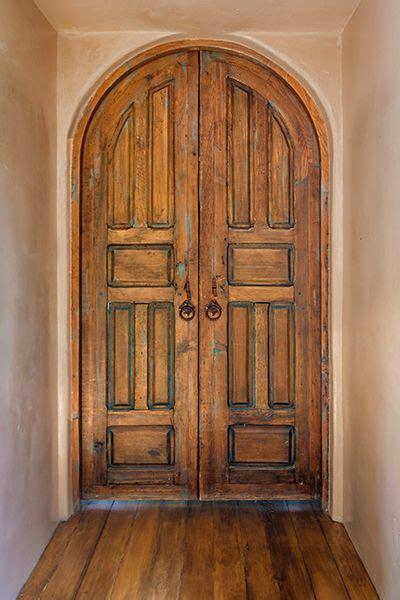 Arch Interior Door Best 25 Arched Doors Ideas On Arched Front Door Stained Front Door And Front Door