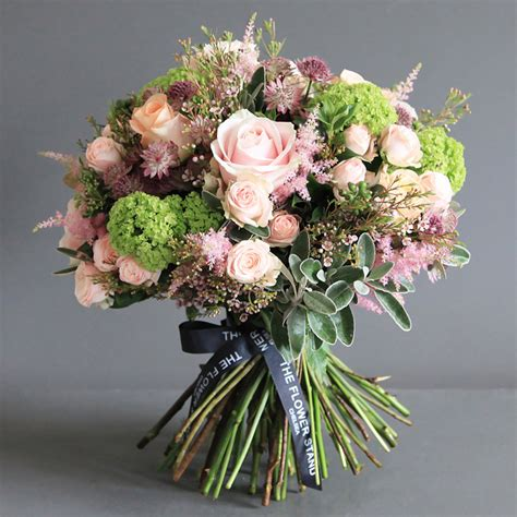 Bouquet Florist by Luxury Bouquet Of Guelder Same Day Luxury Flower
